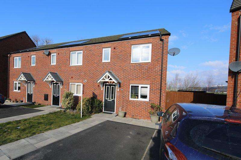 3 Bedrooms Mews House for sale in Trinity Road, Ellesmere Port