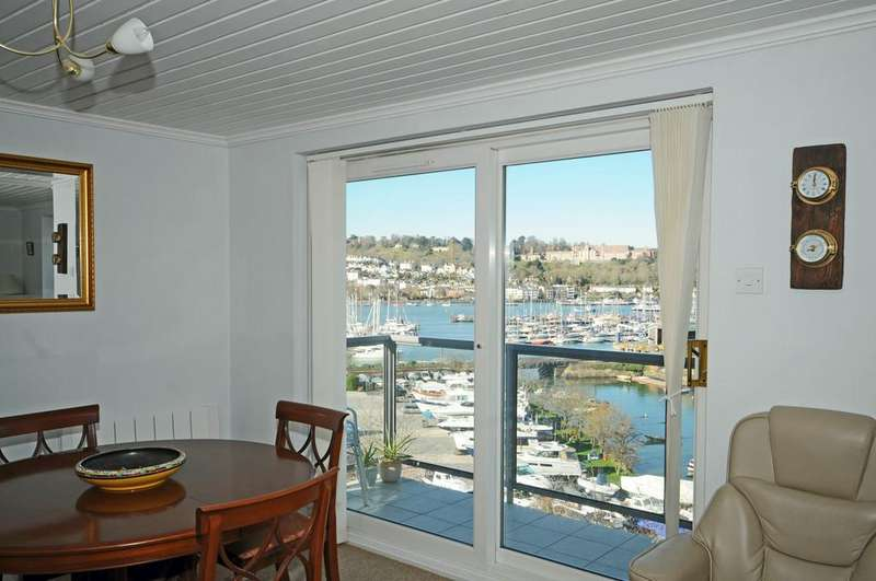4 Bedrooms Maisonette Flat for sale in Marina Court