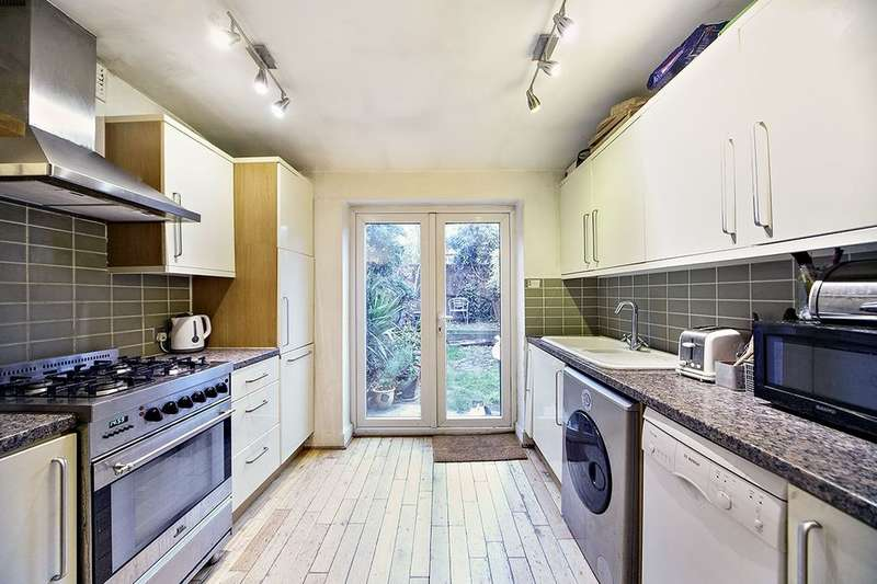 3 Bedrooms Property for sale in Rectory Lane, London, SW17