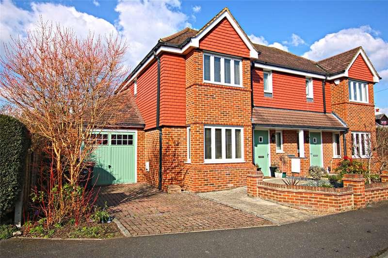 3 Bedrooms Semi Detached House for sale in Church Road, Byfleet, West Byfleet, Surrey, KT14