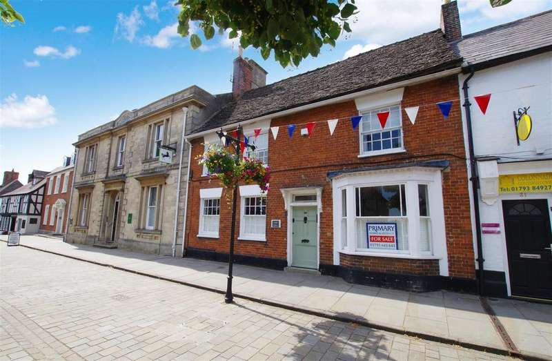 4 Bedrooms Town House for sale in High Street, Royal Wootton Bassett