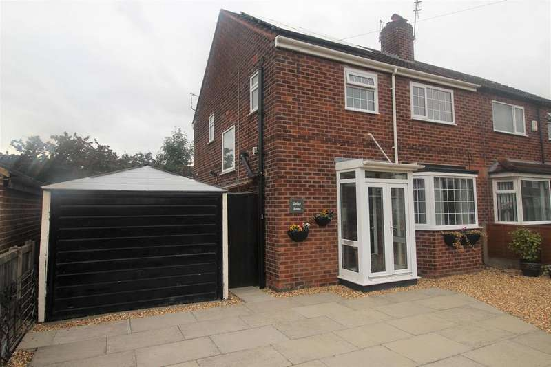 3 Bedrooms Semi Detached House for sale in Ashwell Road, Manchester, M23 1AL