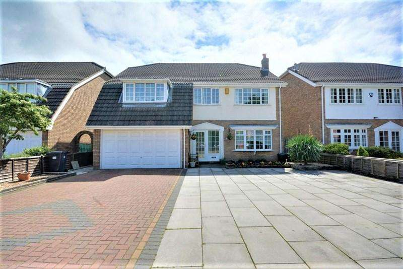 4 Bedrooms Detached House for sale in Liverpool Road, Southport
