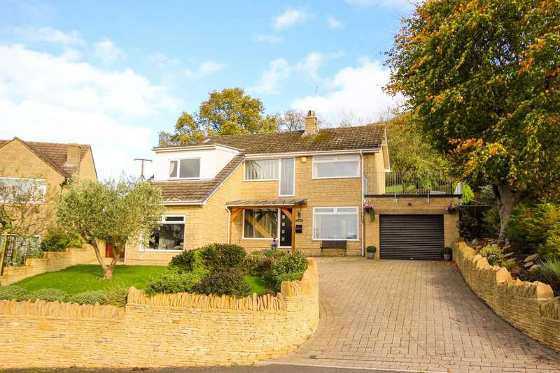 4 Bedrooms Detached House for sale in Highlands Drive, North Nibley, Gloucestershire, GL11 6DX