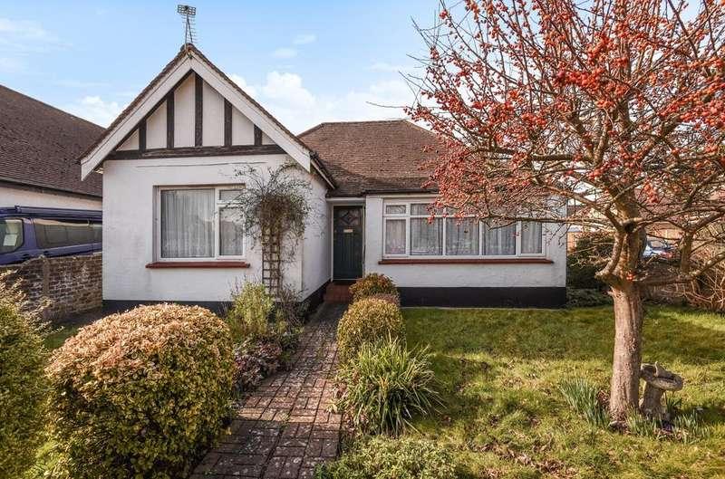 3 Bedrooms Bungalow for sale in Aldwick Gardens, Aldwick, Bognor Regis, PO21