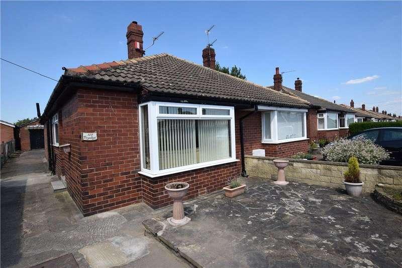 2 Bedrooms Semi Detached Bungalow for sale in Leysholme Crescent, Leeds, West Yorkshire