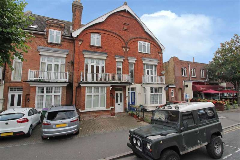 4 Bedrooms Town House for sale in Hythe