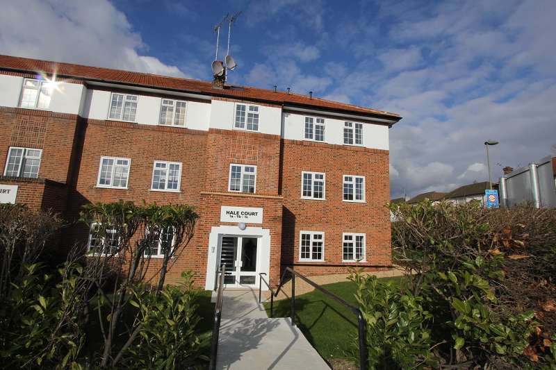 2 Bedrooms Flat for sale in Hale Court, Hale Lane, Edgware, Greater London. HA8 9RG