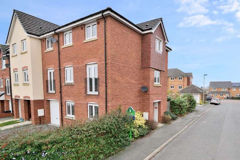 5 Bedrooms Property for sale in Neston Close, Helsby, Frodsham, WA6
