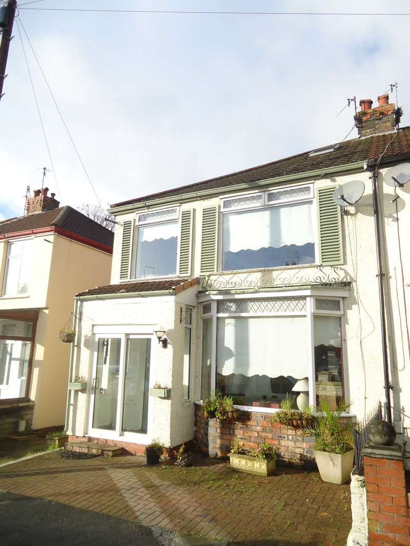 3 Bedrooms Semi Detached House for rent in Stratford Road, Liverpool