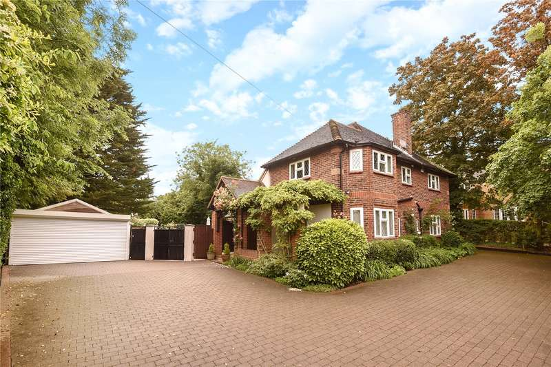 5 Bedrooms Detached House for sale in Woodside Road, Northwood, Middlesex, HA6