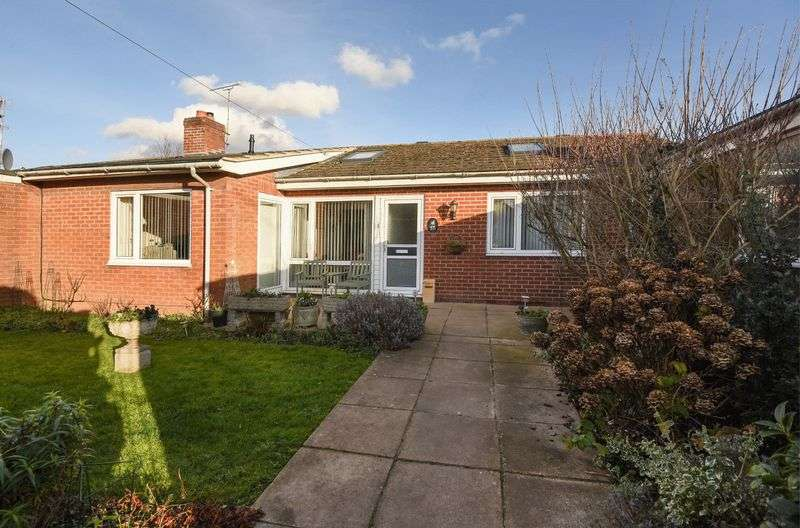 3 Bedrooms Property for sale in Harwell Road, Sutton Courtenay, Abingdon