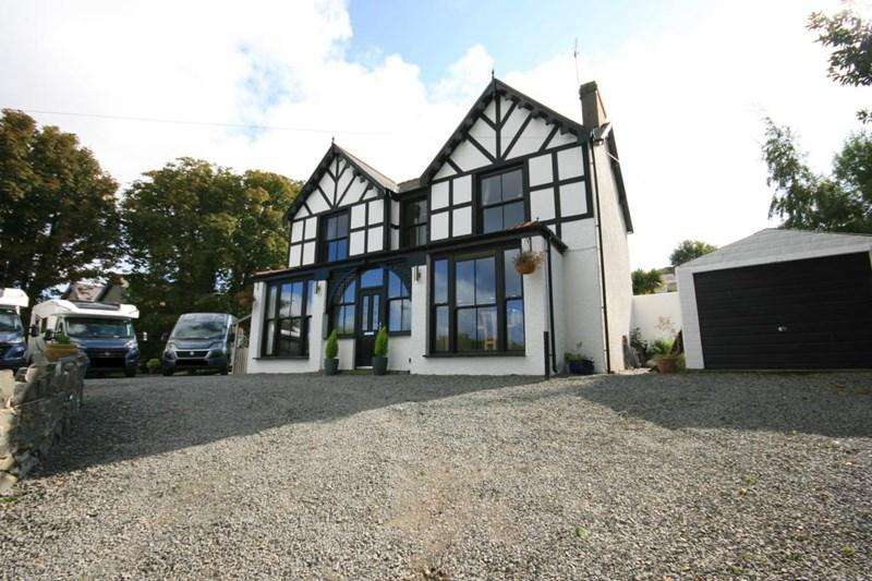 5 Bedrooms Detached House for sale in Fernbrook Road, Penmaenmawr