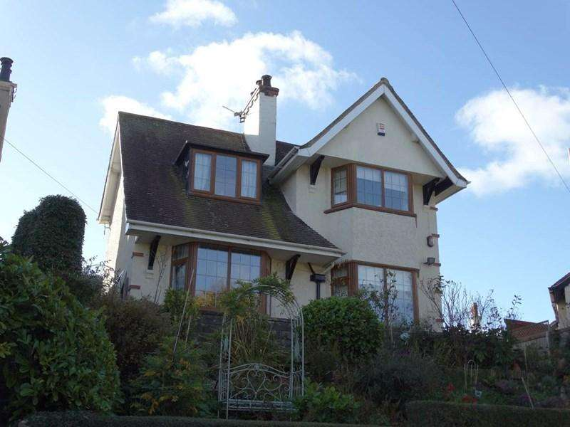 3 Bedrooms Detached House for sale in 6 Penrhos Road, Rhos On Sea