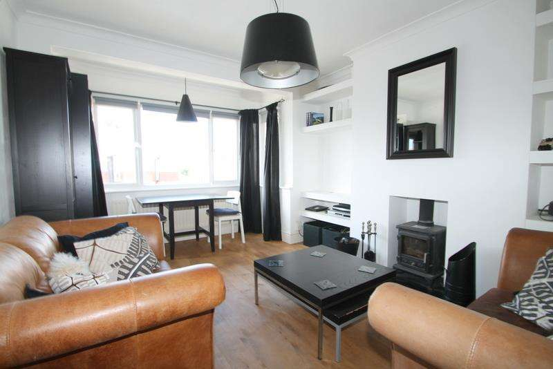 3 Bedrooms Flat for rent in Thalassa Road, Worthing