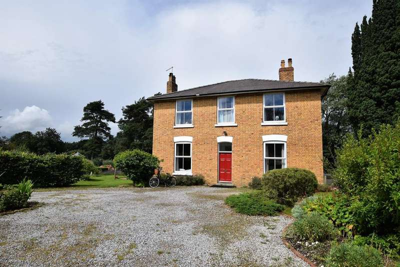 5 Bedrooms Detached House for sale in Sherburn, Malton, YO17 8QQ