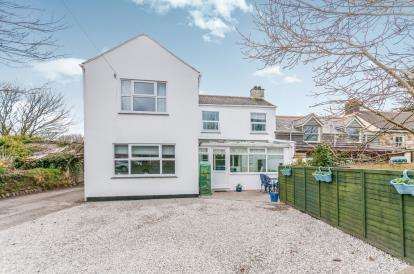 3 Bedrooms End Of Terrace House for sale in Rosudgeon, Penzance, Cornwall