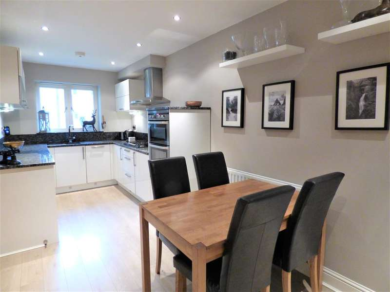 4 Bedrooms Town House for sale in Tannery Lane, Embsay