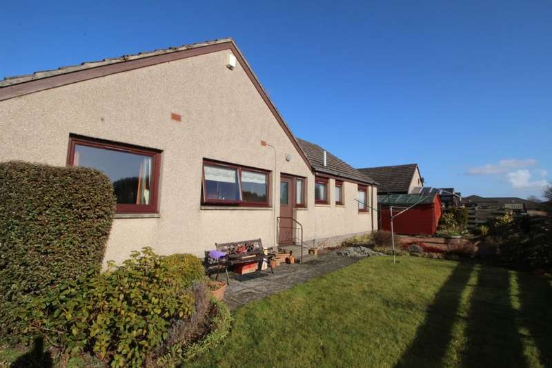 3 Bedrooms Detached Bungalow for sale in Monkstown, Ladybank, Cupar, KY15