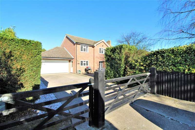 4 Bedrooms Detached House for sale in Weeley Road, Little Clacton, Clacton-On-Sea