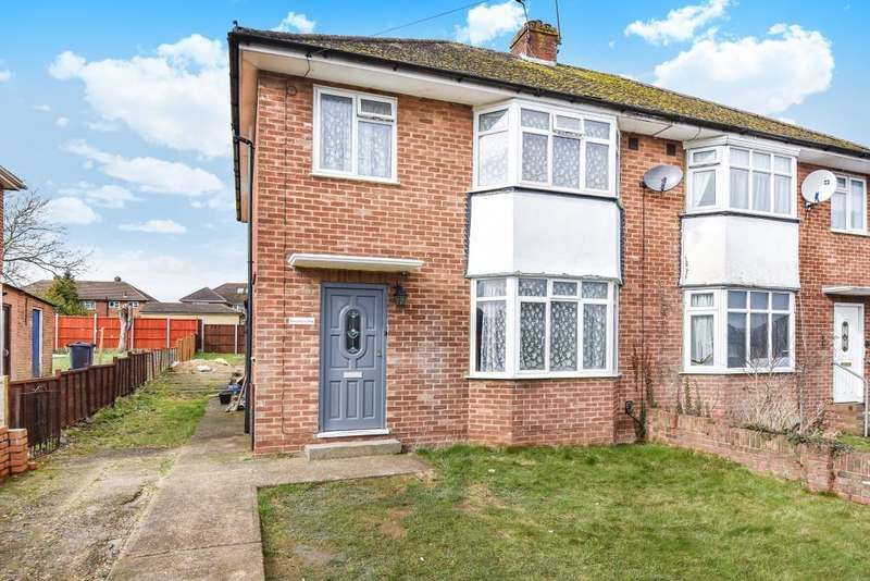 3 Bedrooms House for rent in Chiltern Avenue, High Wycombe, HP12