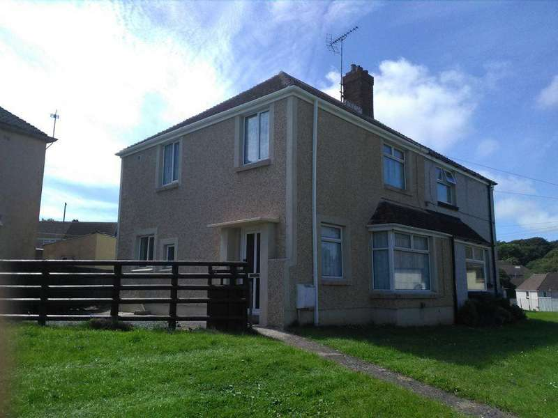 3 Bedrooms Semi Detached House for rent in St Lawrence Avenue, Milford Haven, Pembrokeshire