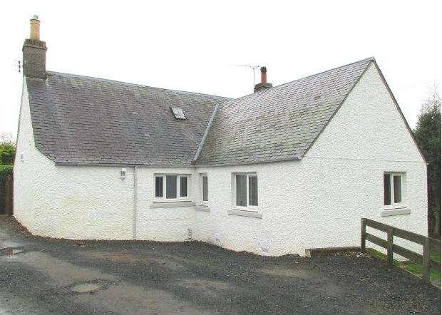 3 Bedrooms Detached Bungalow for rent in Orchard Cottage, Lowood, Melrose, Scottish Borders, TD6 9BJ