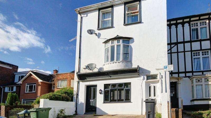 2 Bedrooms Ground Flat for sale in Blackboy Road, Exeter