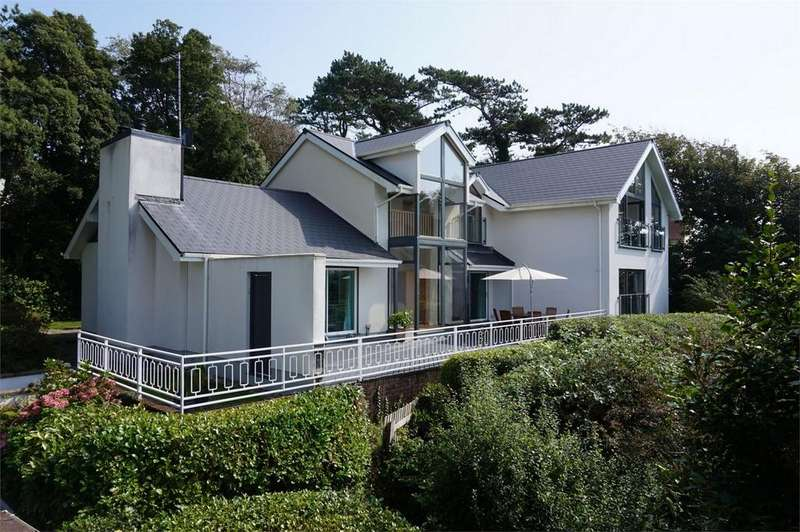 4 Bedrooms Detached House for sale in Caswell Road, Caswell, Swansea