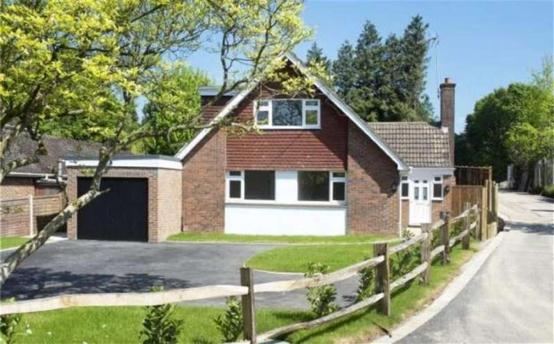 4 Bedrooms Detached House for sale in Crouch, Kent