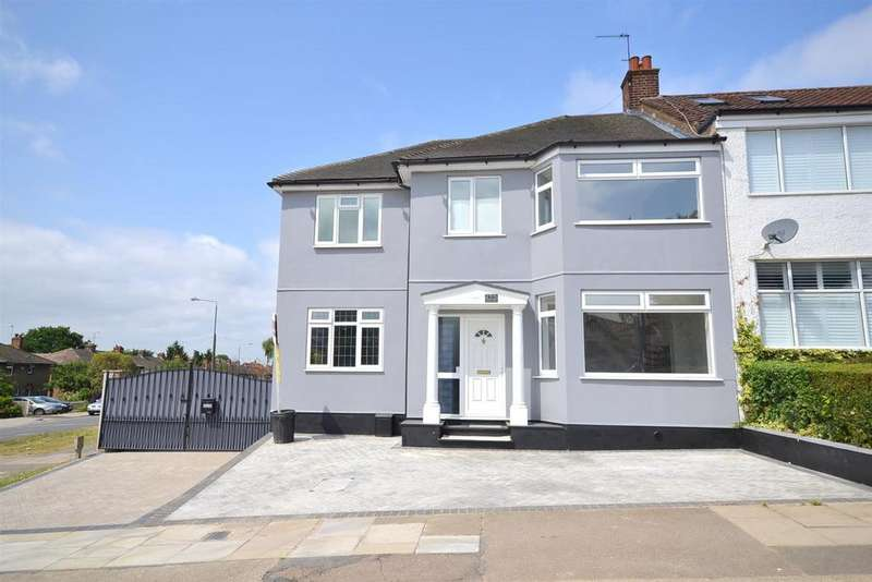 5 Bedrooms Semi Detached House for sale in Bedford Avenue, Barnet