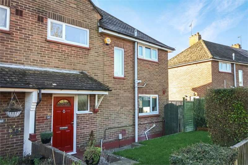 3 Bedrooms Semi Detached House for sale in Morland Road, ALDERSHOT, Hampshire