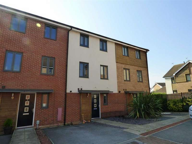 3 Bedrooms Terraced House for sale in Turner Close, Brough