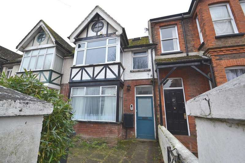 Studio Flat for sale in Pavilion Road, Worthing, BN14 7EE