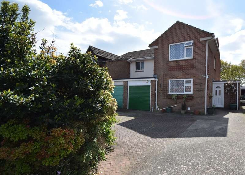 4 Bedrooms Semi Detached House for sale in Northmoor