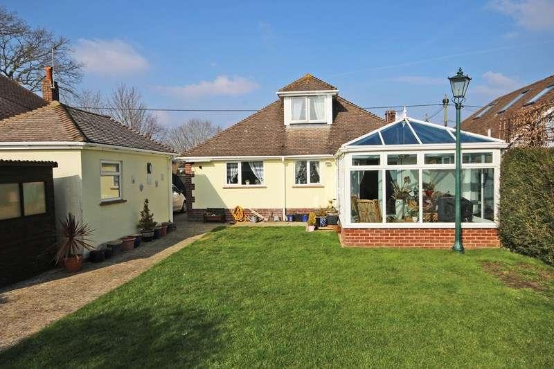 4 Bedrooms Chalet House for sale in Ashley Lane, Hordle, Lymington