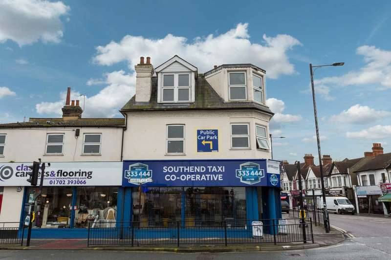 5 Bedrooms Maisonette Flat for sale in London Road, Westcliff On Sea