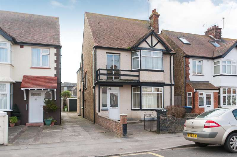 4 Bedrooms House for sale in Westbrook Avenue, Westbrook