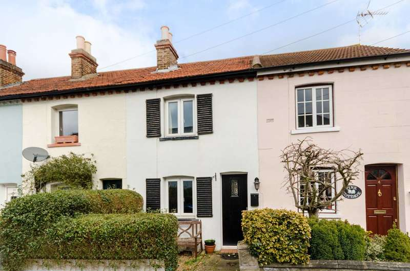 2 Bedrooms Terraced House for sale in Gladstone Road, Surbiton, KT6