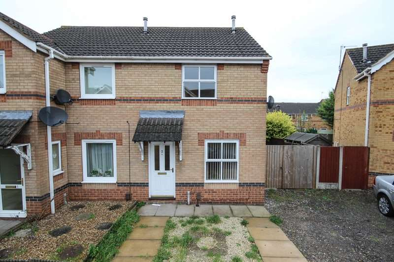 2 Bedrooms Semi Detached House for sale in Rose Walk, Scunthorpe, Lincolnshire, DN15