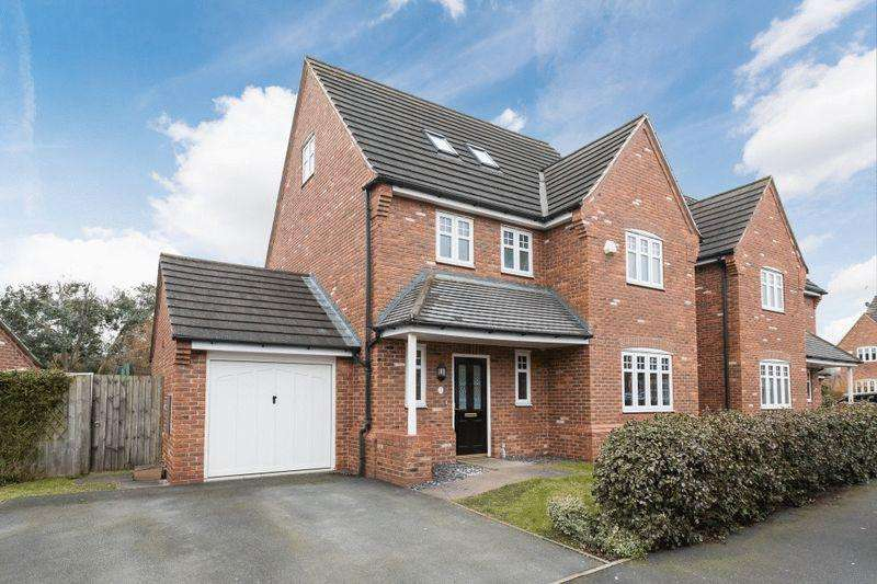 4 Bedrooms Detached House for sale in Talbot Way, Stapeley, Nantwich