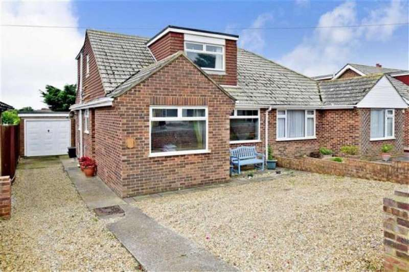 4 Bedrooms Chalet House for sale in Firle Road, Peacehaven