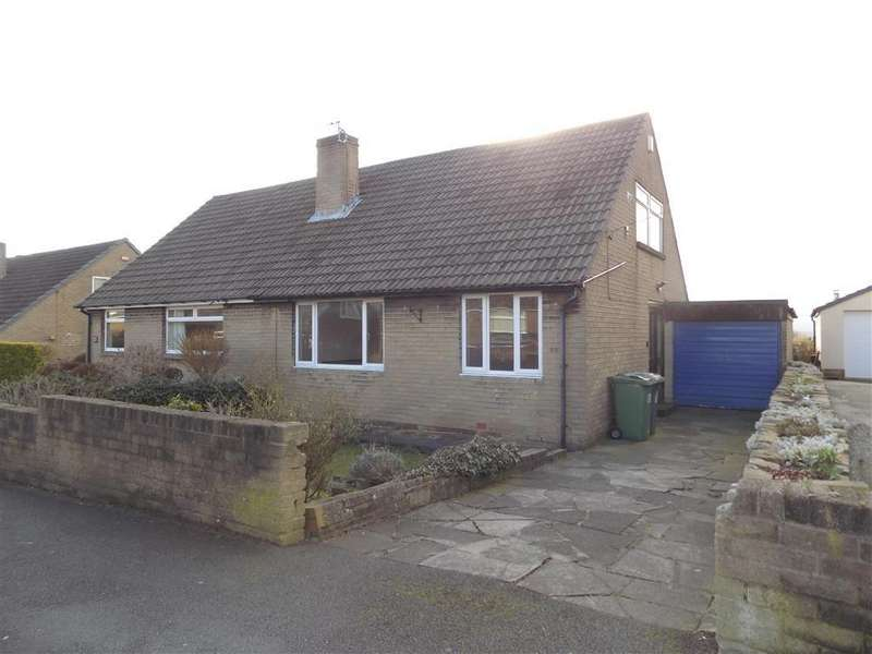 3 Bedrooms Semi Detached Bungalow for sale in New Avenue, Kirkheaton, Huddersfield, HD5