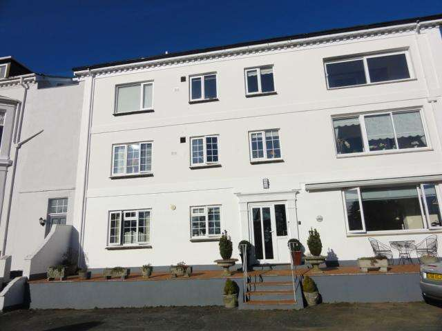 3 Bedrooms Apartment Flat for sale in Stoke Fleming, South Devon TQ6