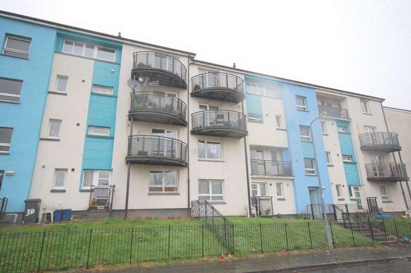 2 Bedrooms Flat for rent in Whitehill Crescent, Faifley G81 5HD