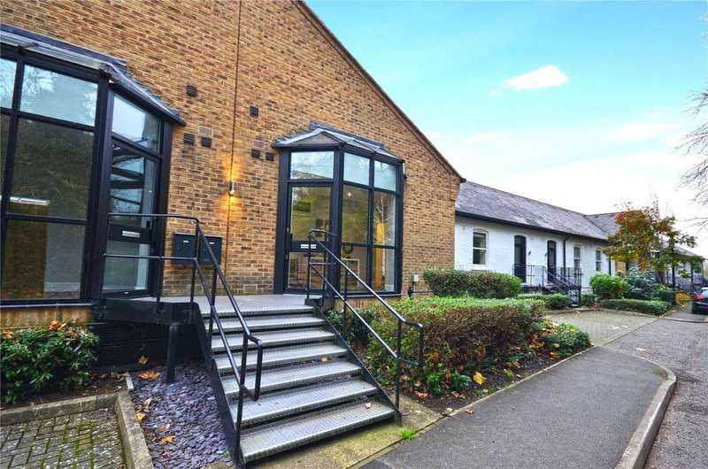 2 Bedrooms Flat for sale in The Long Room Apartments, Summerhouse Lane, Harefield, Uxbridge, UB9