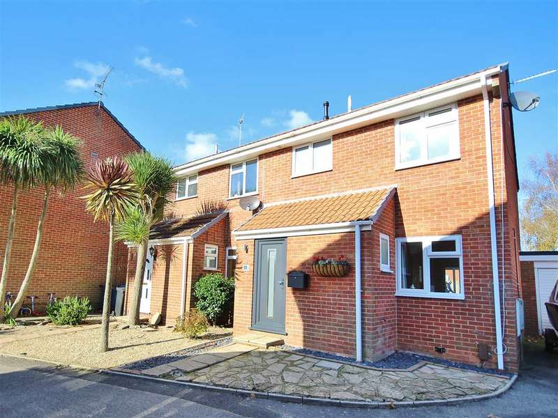 3 Bedrooms Semi Detached House for rent in Bovington Close, Poole