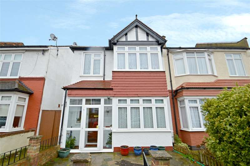 3 Bedrooms Semi Detached House for sale in Teevan Road, Croydon