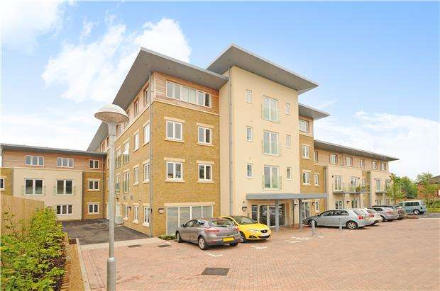 2 Bedrooms Flat for sale in Middleton House, Pilley Lane, Cheltenham, Glos, GL53 9GA