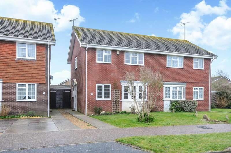 3 Bedrooms Semi Detached House for sale in The Hooe, Littlehampton, West Sussex, BN17